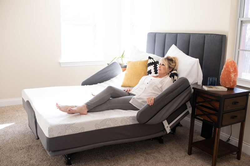 Flexabed's new and improved Hi-Low SL adjustable bed has replaced the older model Hi-Low, with fuller features and capabilities.
