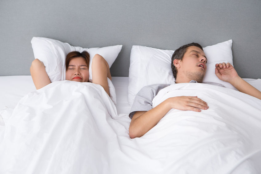 How an Adjustable Bed Might Help With Snoring